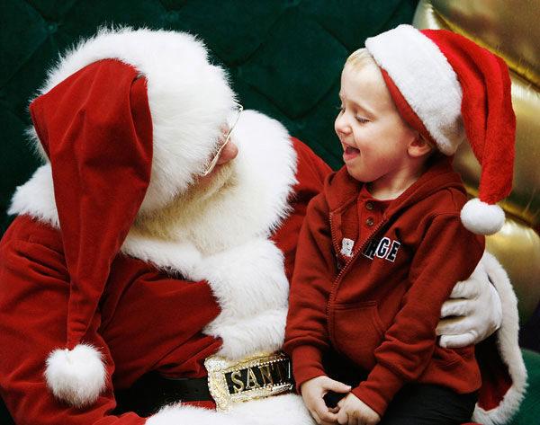 Dove Andare A Vedere Babbo Natale.Voglia Di Natale Ecco Tutti I Villaggi Di Babbo Natale Tra Napoli E Provincia
