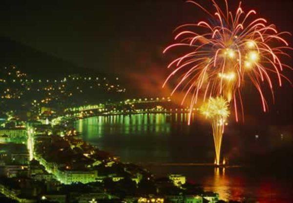 Capodanno a Napoli, preparatevi alla lunga notte