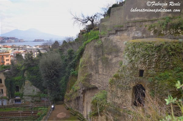 tomba di Virgilio Napoli