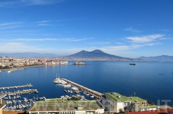 weekend, Napoli