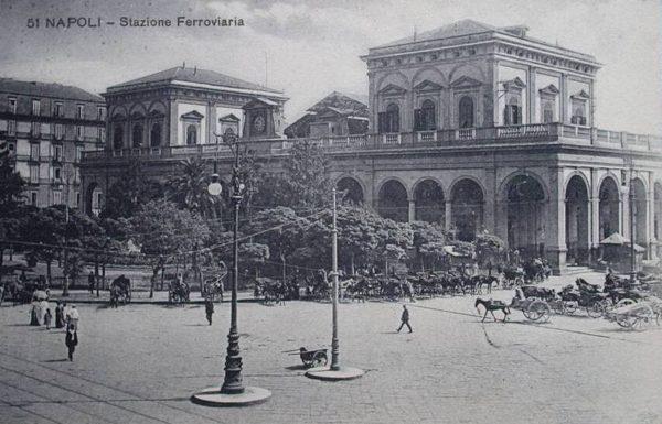 stazione centrale napoli antica
