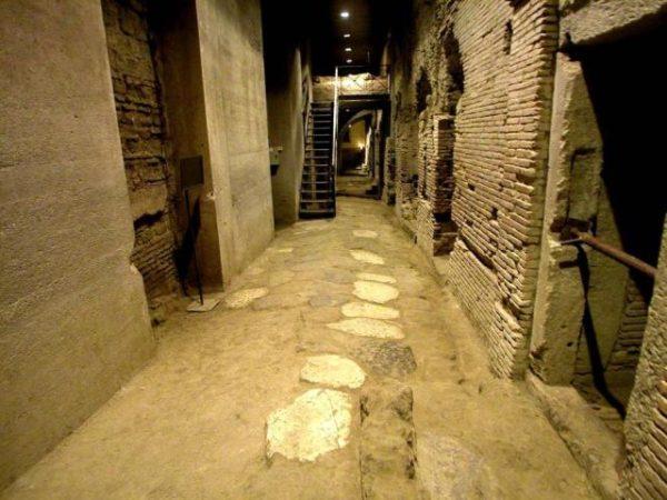 area_archeologica_san_lorenzo_maggiore-e1418054887372