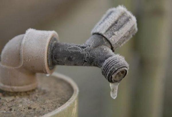 rubinetto-ghiacciato-2