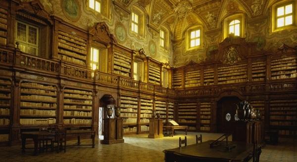 biblioteca Girolamini di Napoli