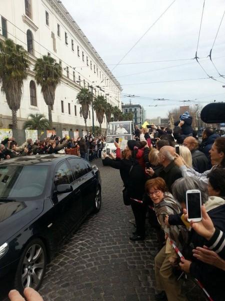 Papa Francesco a Piazza Carlo III