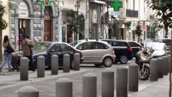 Via-Roma-Torre-del-Greco-1