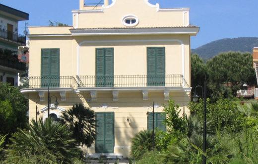 Villa De Nicola