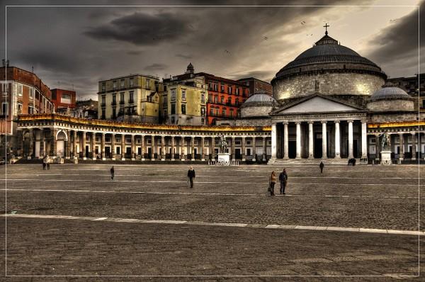 gallery_49d10e73cddfb_PiazzaPlebiscito