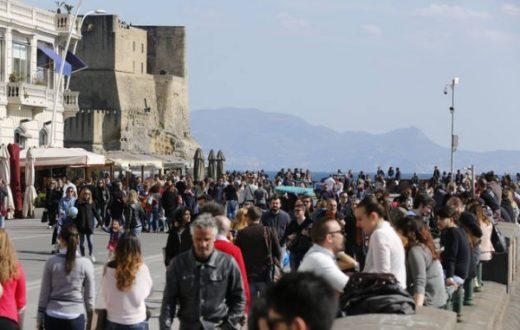lungomare turisti