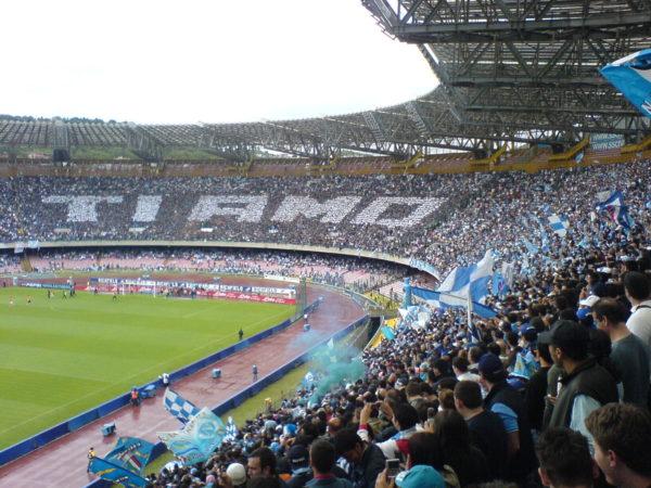 Un San Paolo semi vuoto si colloca fra gli stadi più affollati della Serie A