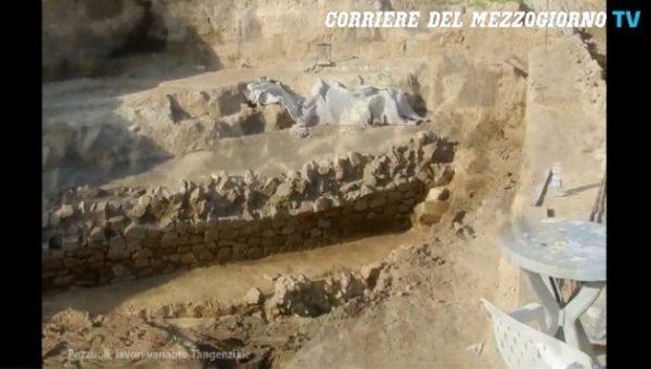 mura romane sulla tangenziale di napoli