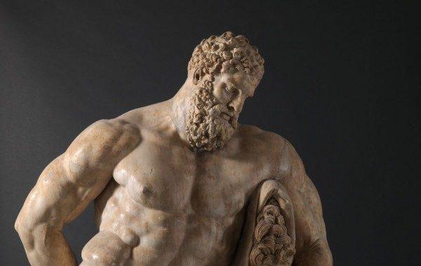particolare dell'Eracle Farnese, III sec d.C.