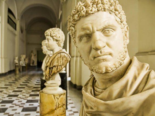 Il Green Pass fa volare i musei di Napoli: al MANN +79% di ingressi
