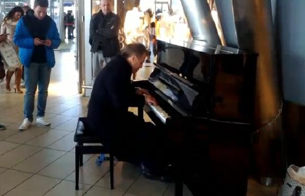 pianoforte napoli distrutto