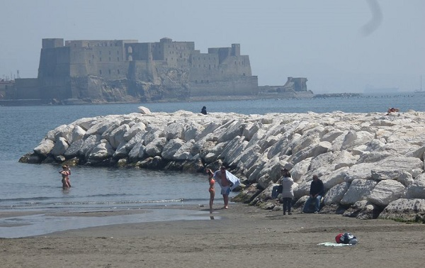 spiaggia a Napoli