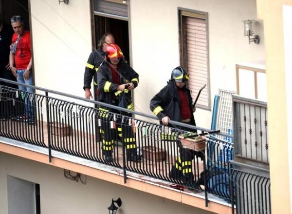 Balcone dal quale Murolo ha aperto il fuoco