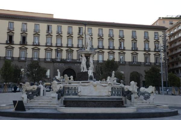 Fontana del nettuno (2)