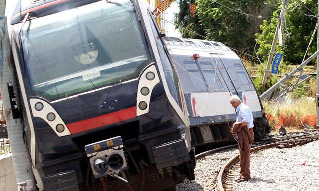 Il-treno-deragliato_h_partb
