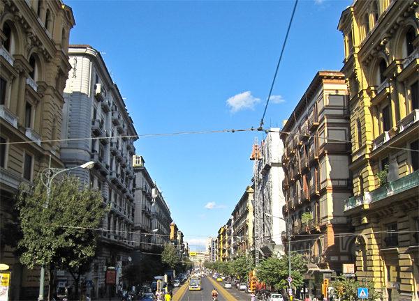 Napoli_-_Corso_Umberto_I1
