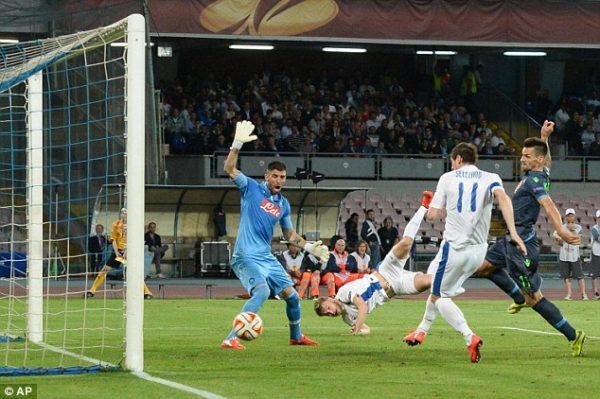 Video. Il sacco di Napoli, dalla furia di De Laurentiis alla cecità della UEFA