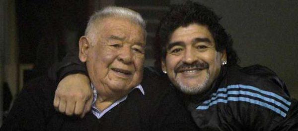 Don-Diego-Maradona-presente-Archivo_CLAIMA20150625_0125_37-3