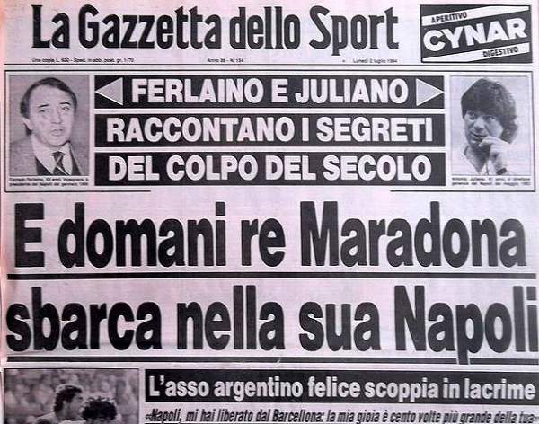 Maradona firma col Napoli