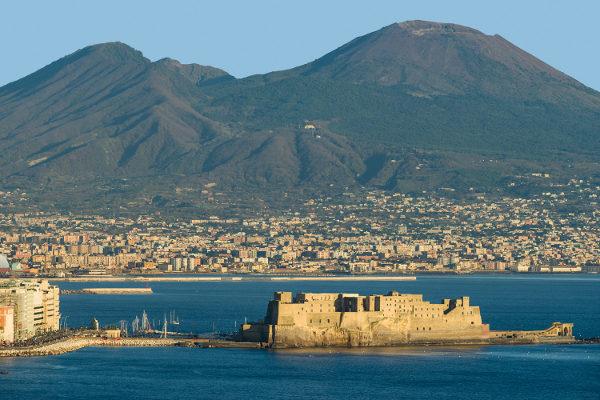 Storia leggenda fondazione di Napoli Partenope