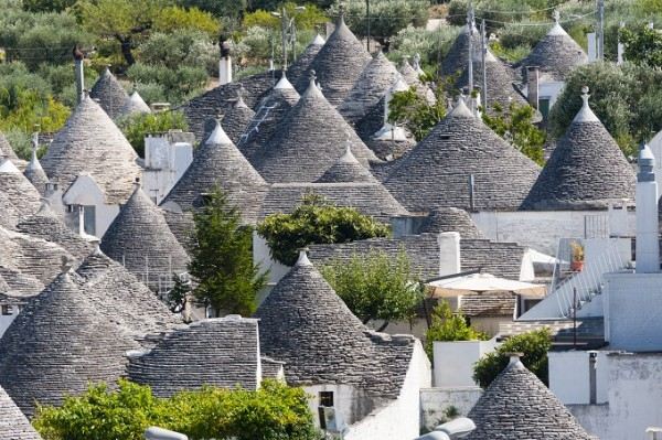 Alberobello (Bari, Puglia, Italy): Panoramic view of the trulli