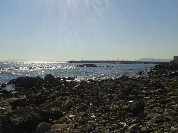 lido vicino al porto