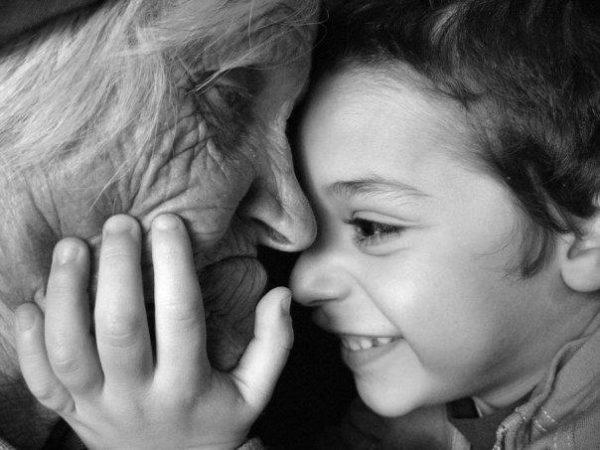Risultati immagini per nonne e nipoti