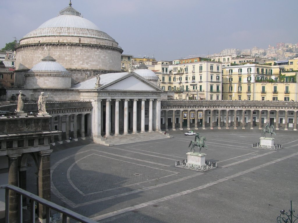 piazza-plebiscito1