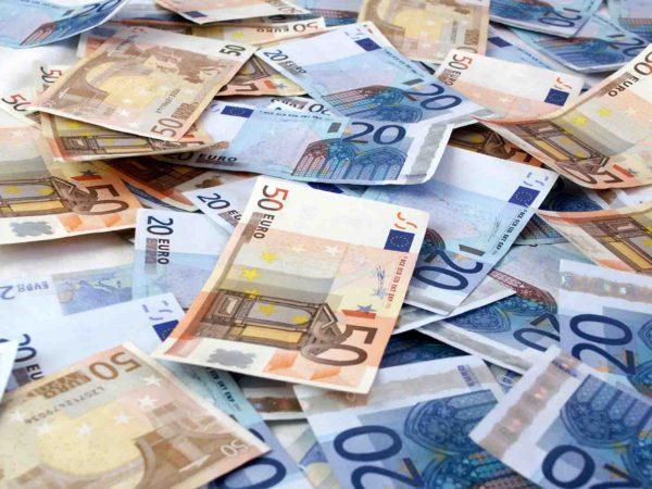 A Napoli le prime nuove 20 euro false
