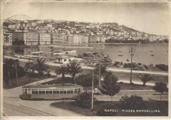 Napoli - Tram Mergellina.JPG