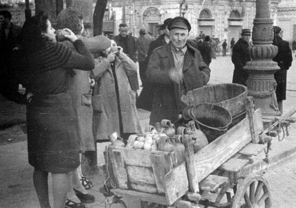 venditore acqua suffregna