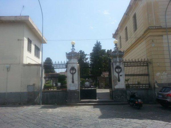 cimitero ercolano telecamere videosorveglianza