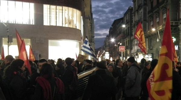 napoli-solidarietà alal grecia