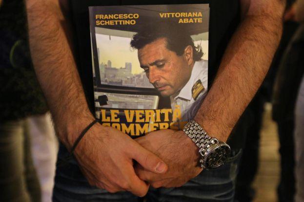Libro Francesco Schettino