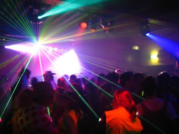 violenza in discoteca a sorrento