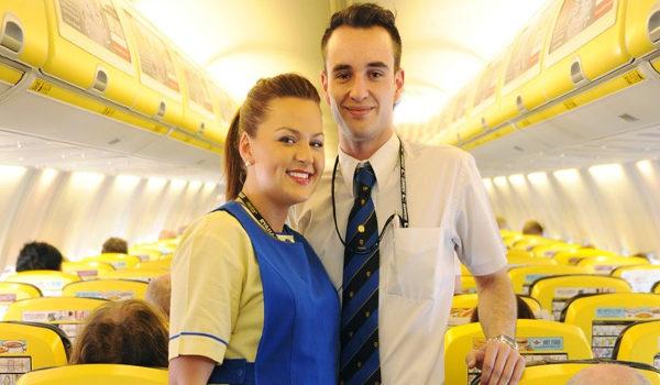Ryanair offerta di lavoro assistente di volo hostess e steward
