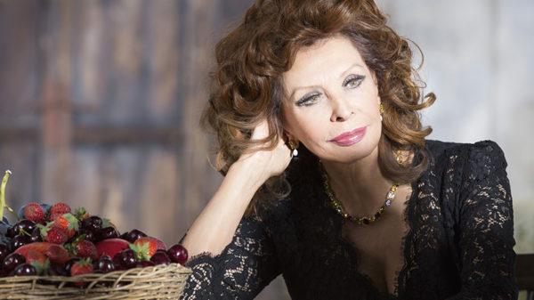 Dolce e Gabbana a Napoli: il programma degli eventi con ospiti illustri