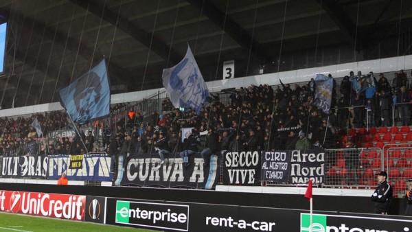 Tifosi azzurri all'MCH Arena