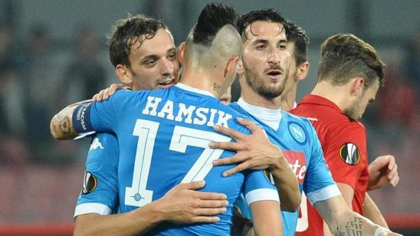 Napoli's Manolo Gabbiadini exults with teammates after scoring the goal of 3-0, his second in this match, during the Uefa Europa League soccer match SSC Napoli vs Midtjylland at San Paolo stadium in Naples, Italy, 05 November 2015. ANSA/ CIRO FUSCO