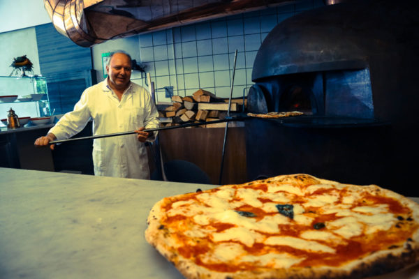 pizzeria da michele riviera di chiaia