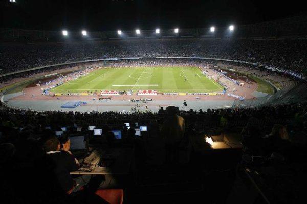 Tifosi Stadio San Paolo di Napoli calendario