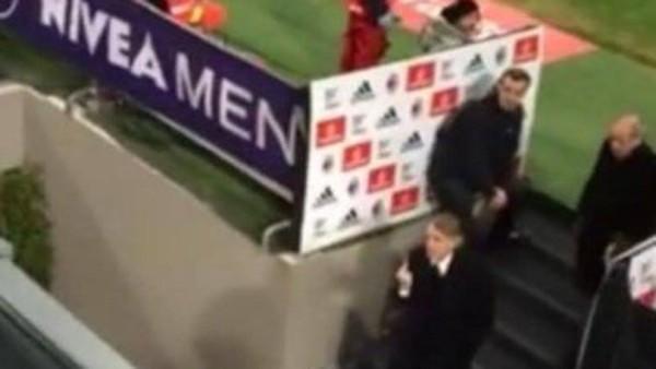 Roberto Mancini dito medio