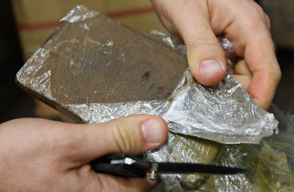 (VIDEO) Napoli. GdF sequestra tonnellate hashish