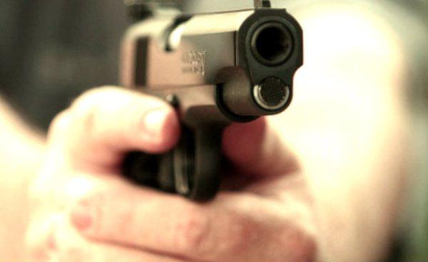 cava de' tirreni pistola