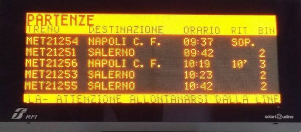 Treno soppresso FS Torre Annunziata