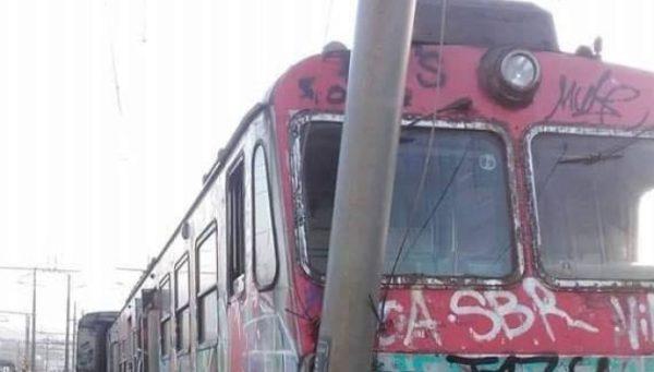 treno-cumana-deraglia-torregaveta-660x375