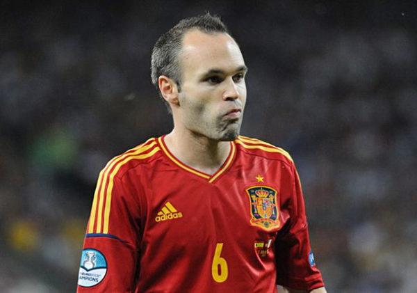 Andrés_Iniesta_Euro_